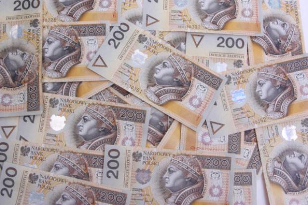 Ekspert: w kampanii wyborczej o rozdawnictwie pieniędzy, nie zarabianiu