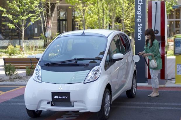 Mitsubishi pracuje nad wykorzystaniem zużytych akumulatorów