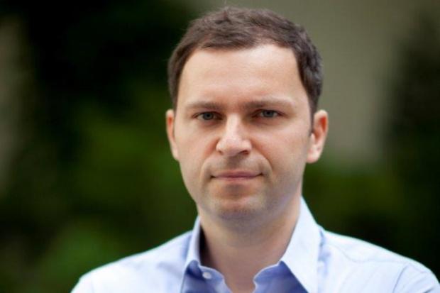 T. Sęk, PSES:  ograniczenie inwestycji w OZE do 1 MW realnym zagrożeniem