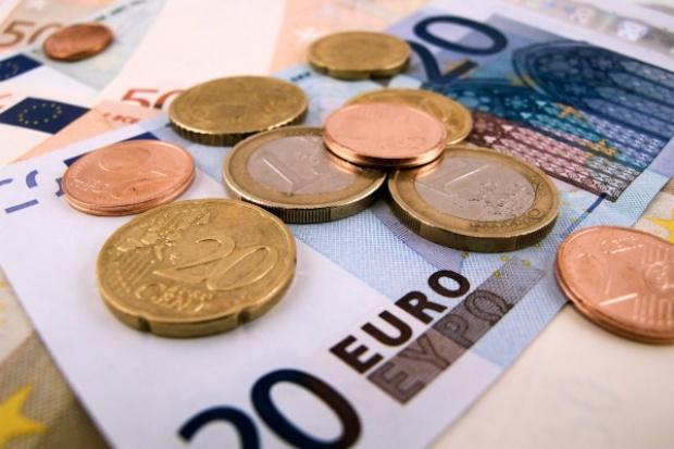 Grecja dostanie w poniedziałek pilne 7,16 mld euro