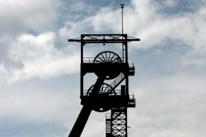 Zmarł górnik ranny po wstrząsie w kopalni Wesoła