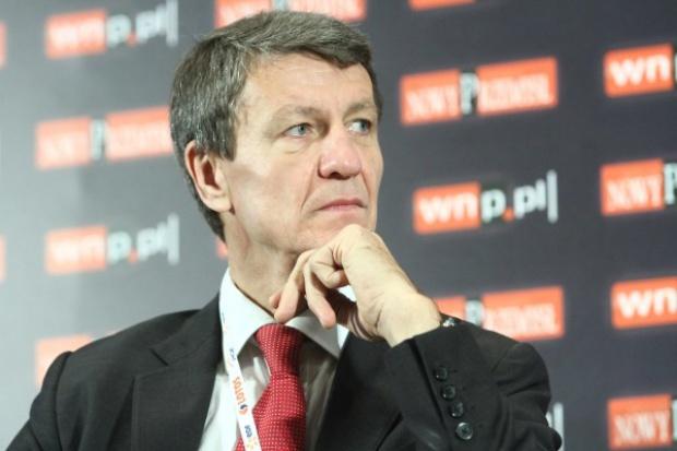 Czerwiński: możliwy aneks z wykonawcą gazoportu