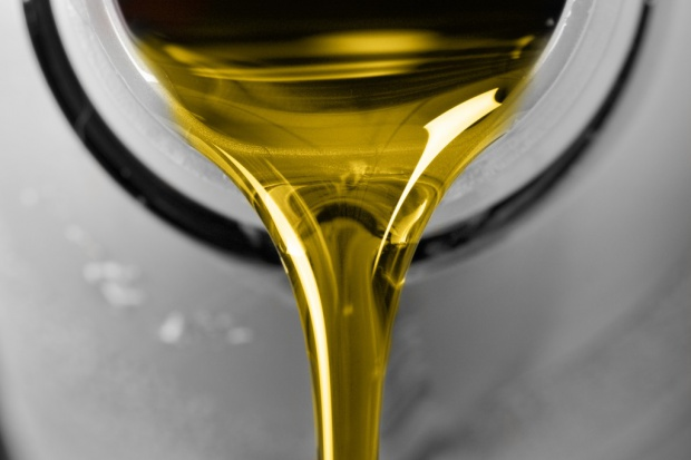 Likwidacja kolejnej odbarwialni oleju opałowego
