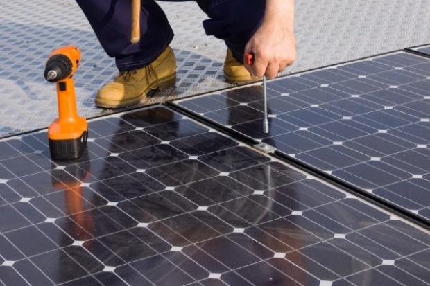 Panele słoneczne dla klientów Taurona