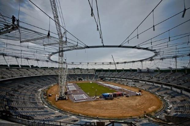 Siedmiu wykonawców chce dokończyć Stadion Śląski