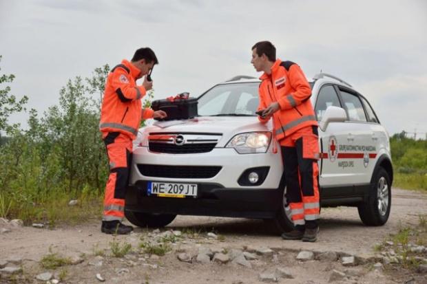 Opel w slużbie PCK