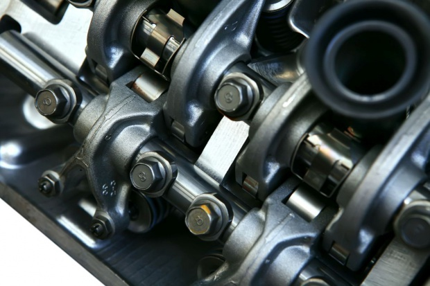 Control Solutions projektuje linię produkcji silników Forda