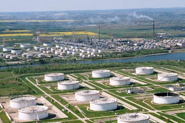 PERN: wysokie temperatury nie wpływają negatywnie na tłoczenie ropy
