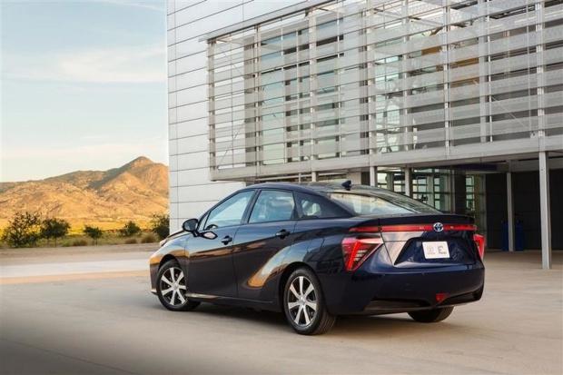 Toyota Mirai trafia do sprzedaży w Europie