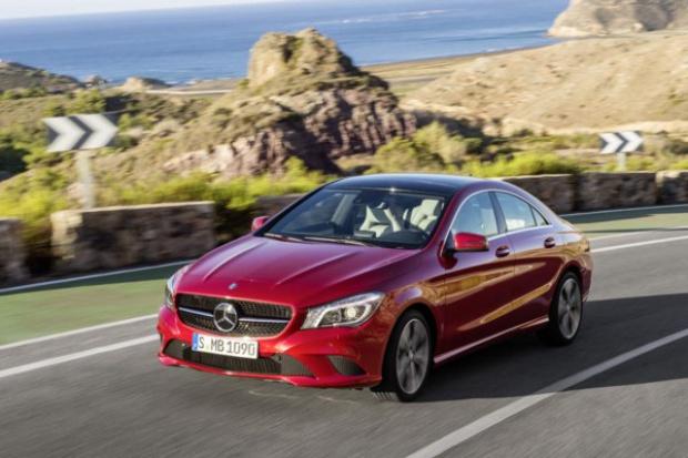 Wysokie wzrosty Mercedesa