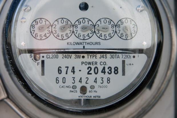 Opolskie. 385 instytucji taniej kupi prąd dzięki zakupom grupowym