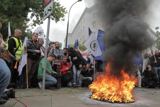 Górnicze związki: rozwiązania do końca września albo strajki i protesty