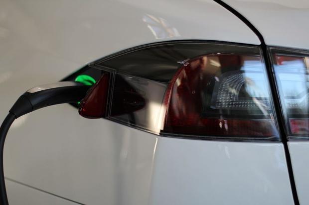 728 km na jednym ładowaniu samochodu elektrycznego