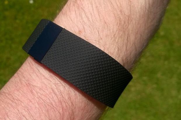 Inteligentne zegarki: Fibit liderem rynku, Apple drugi