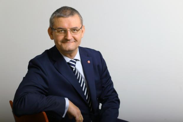 Prezes Fujitsu Polska: przemysł będzie sięgał po chmurę