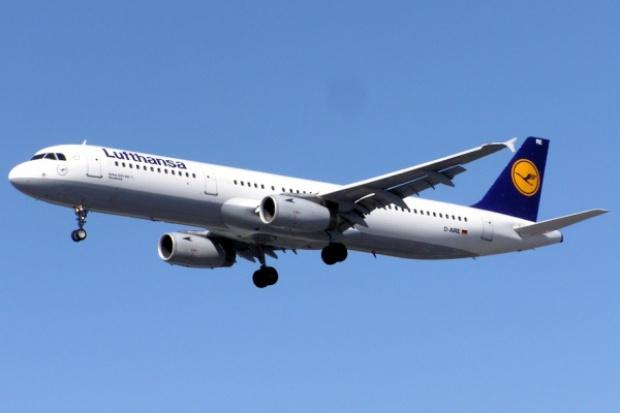 Tysiąc lotów odwołanych w drugim dniu strajku Lufthansy