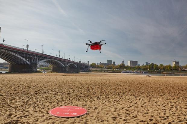 Pierwsza w Polsce dostawa jedzenia dronem