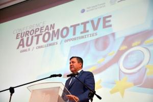 Potrzeba regulacji sprzyjających rozwojowi motobranży