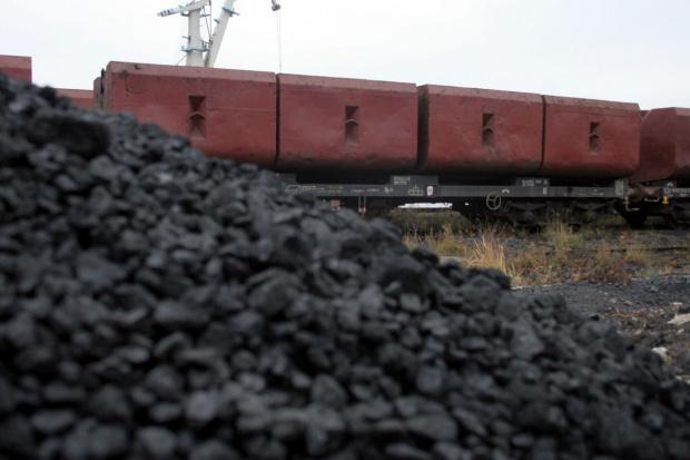 Ceny węgla w ARA poniżej 50 dolarów za tonę