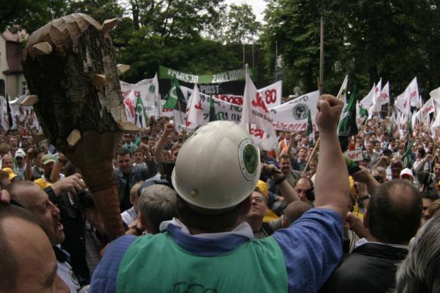 Górnictwo: pikietą pod Brzeszczami rozpoczną się protesty