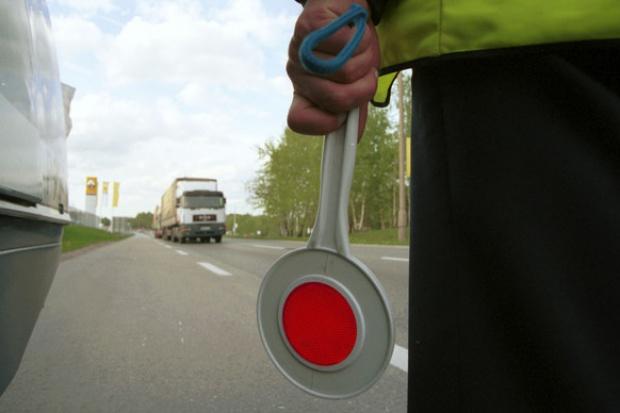 Szybsza jazda - efekt odbierania praw jazdy
