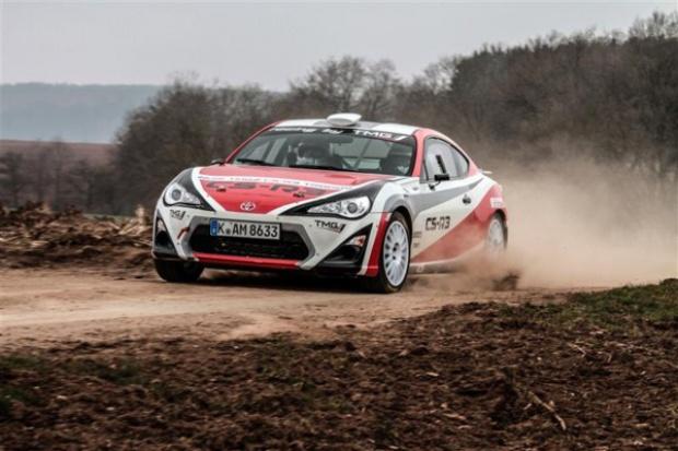 Toyota GT86: powrót tylnego napędu do rajdów FIA