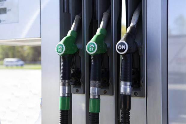 Polska z najniższymi cenami benzyny w UE