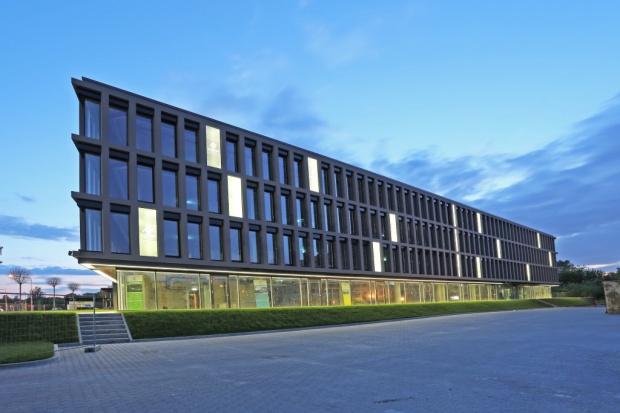 Biurowiec w Warszawie zostanie przebudowany na szpital