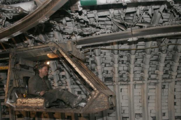 Górnictwo po trzech kwartałach: 1 mld 674 mln zł straty netto