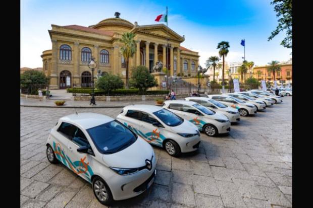 """Największa e-flota """"dla wszystkich"""" na południu Włoch"""