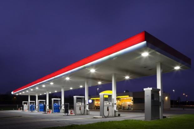 Stacje coraz mniej zarabiają na paliwach