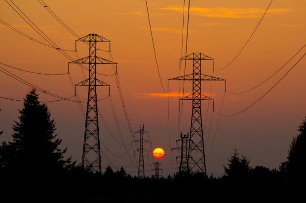 Duże wahania cen energii w październiku