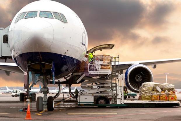 Porty lotnicze w Polsce - za dużo czy za mało?