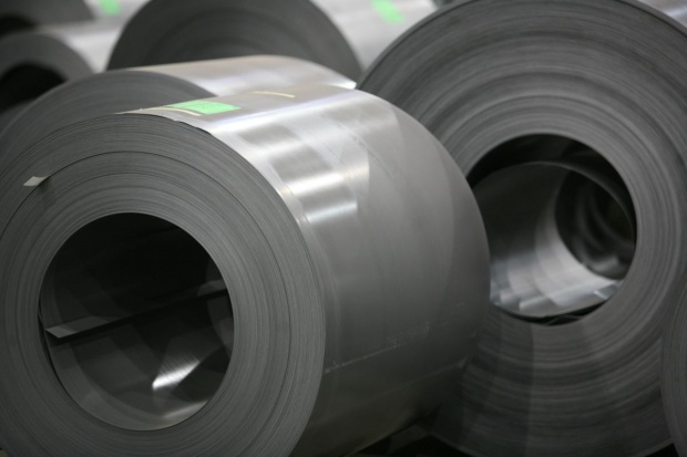Stalprodukt: blachy elektrotechniczne ciągną wyniki w górę