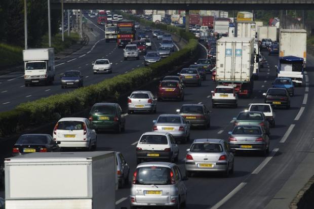 Transport drogowy we Francji funkcjonuje normalnie, do Rosji - trudno wjechać