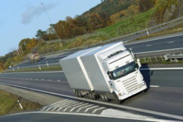 Tańszy olej napędowy nie obniża stawek transportu drogowego