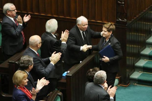 Sejm udzielił wotum zaufania rządowi Beaty Szydło