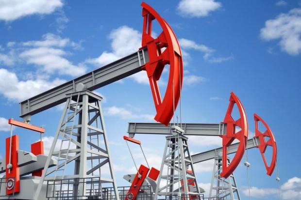 Silna presja na wyniki spółek naftowych