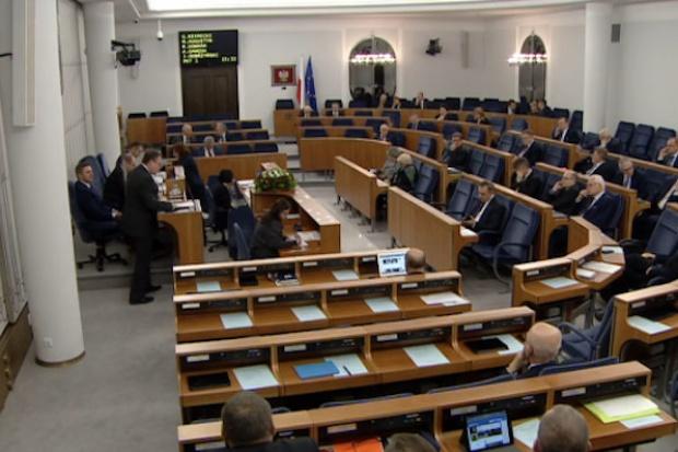 Senat za 70-proc. podatkiem od wysokich odpraw w państwowych spółkach