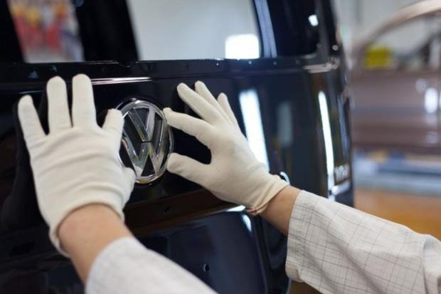 Volkswagen przedłuża urlopy pracowników w Niemczech