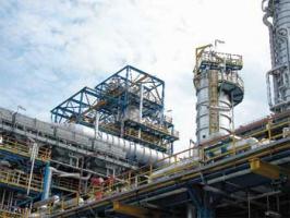 Brak definicji bezpieczeństwa energetycznego kraju utrudnia ostateczne rynkowe ukształtowanie się polskiego sektora naftowego, a zarazem hamuje napływ zagranicznych inwestycji, w tym także inwestycji rosyjskich
