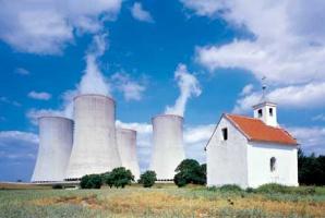 Dostęp do własnej energii po konkurencyjnych cenach w kraju otoczonym przez elektrownie atomowe sąsiadów - to jeden z głównych argumentów zwolenników rozwoju energetyki jądrowej w Polsce.
