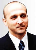 <b>Kazimierz Marcinkiewicz, Prawo i Sprawiedliwość:</b>  – Chcemy widzieć państwo głównie w roli regulatora. Teraz w niektórych dziedzinach regulacji jest za dużo, a inne obszary są niedoregulowane.