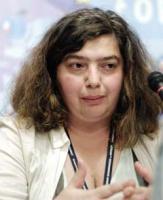 <b>Marina Łużykowa</b> jest prezesem moskiewskiej Fundacji Regionalnych Badań Strategicznych. Fundacja współpracuje z rosyjskimi koncernami, strukturami rządowymi i prezydenckimi. Ma przedstawicielstwa w piętnastu krajach.