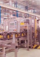 Nowe przedsięwzięcia światowych koncernów motoryzacyjnych na Górnym i Dolnym Śląsku były lokomotywami pierwszego boomu inwestycji zagranicznych w Polsce. Teraz, zdaniem ekspertów, czas na usługi. Na zdjęciu – produkcja silników diesla w fabryce FIAT-GM Powertrain w Bielsku-Białej (część Katowickiej Specjalnej Strefy Ekonomicznej).
