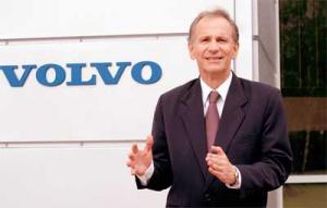 Koncern Volvo upodobał sobie rejon Wrocławia, gdzie lokuje kolejne inwestycje. Dostępność, komunikacja i kontakt z Europą, atrakcyjny rynek pracy, tradycje przemysłowe i stwarzany przez lokalne władze klimat – to główne powody inwestowania właśnie tu, podane przez <b>Roberto Teixeirę</b>, prezesa Volvo w Polsce.
