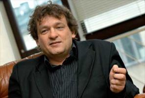 <strong>Piotr Tymochowicz</strong> - prezes firmy ICCE Greenpol, specjalista od kształtowania wizerunku osób publicznych