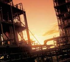 Krajowym rafineriom najbardziej opłaca się dzisiaj kupować (naturalnie ciężką) ropę rosyjską