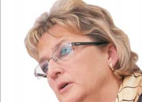 – W przypadku KGHM-u osiągane wyniki ekonomiczne uzależnione są od uwarunkowań zewnętrznych – przyznaje <strong>Elżbieta Niebisz</strong>, przewodnicząca Rady Nadzorczej kombinatu.   – Wiodącą rolę odgrywają tu ceny miedzi oraz kursy walut. Natomiast niewątpliwie potrzebne są działania zmierzające do racjonalizacji kosztów.
