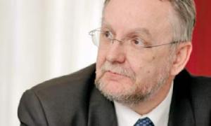 – Obserwujemy już pierwsze oznaki przenoszenia produkcji na Ukrainę, wydaje mi się jednak, że utrzyma się tendencja lokowania centrów logistycznych w Polsce, bliżej granicy ukraińskiej niż na Ukrainie – wskazuje Maciej Bielicki, prezes Zarządu Pekaes.